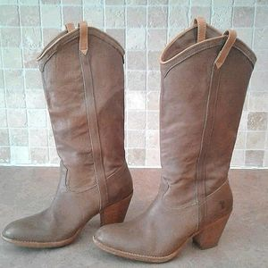 FRYE stacked heel cowboy western pull on boot